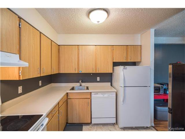 Photo 5: Photos: 1048 Bairdmore Boulevard in Winnipeg: Richmond West Condominium for sale (1S)  : MLS®# 1704936