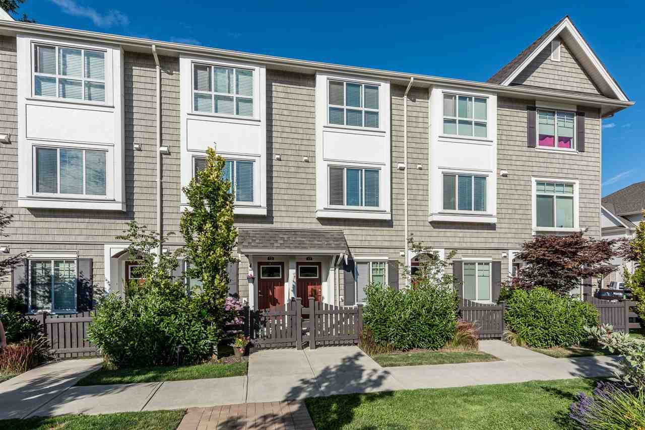 """Main Photo: 13 1708 KING GEORGE Boulevard in Surrey: King George Corridor Townhouse for sale in """"The George"""" (South Surrey White Rock)  : MLS®# R2191649"""