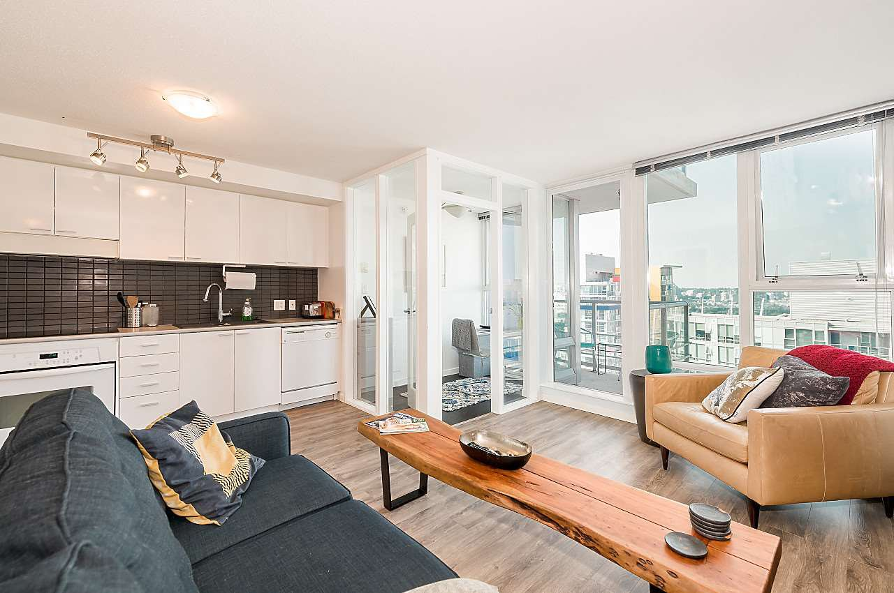 "Main Photo: 3302 602 CITADEL PARADE in Vancouver: Downtown VW Condo for sale in ""SPECTRUM 4"" (Vancouver West)  : MLS®# R2197310"