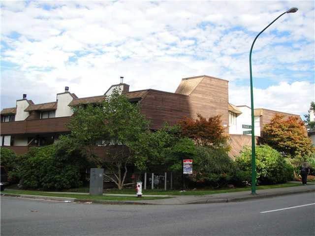 Main Photo: 101 4625 GRANGE STREET in : Forest Glen BS Condo for sale : MLS®# V1055742