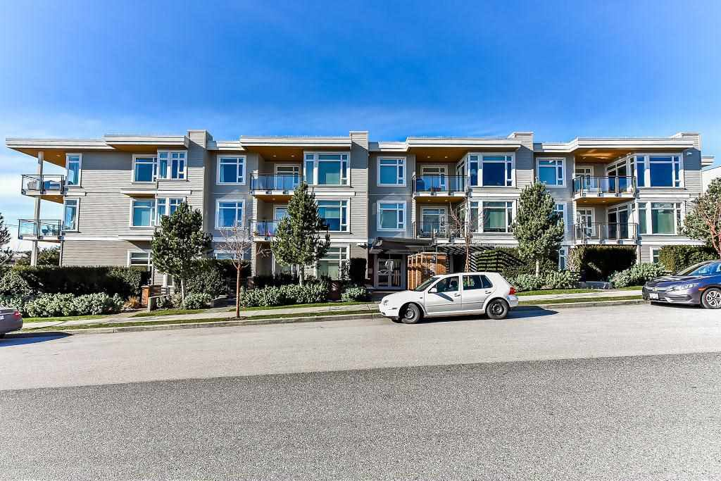 "Main Photo: PH2 1333 WINTER Street: White Rock Condo for sale in ""Winter Street"" (South Surrey White Rock)  : MLS®# R2241314"