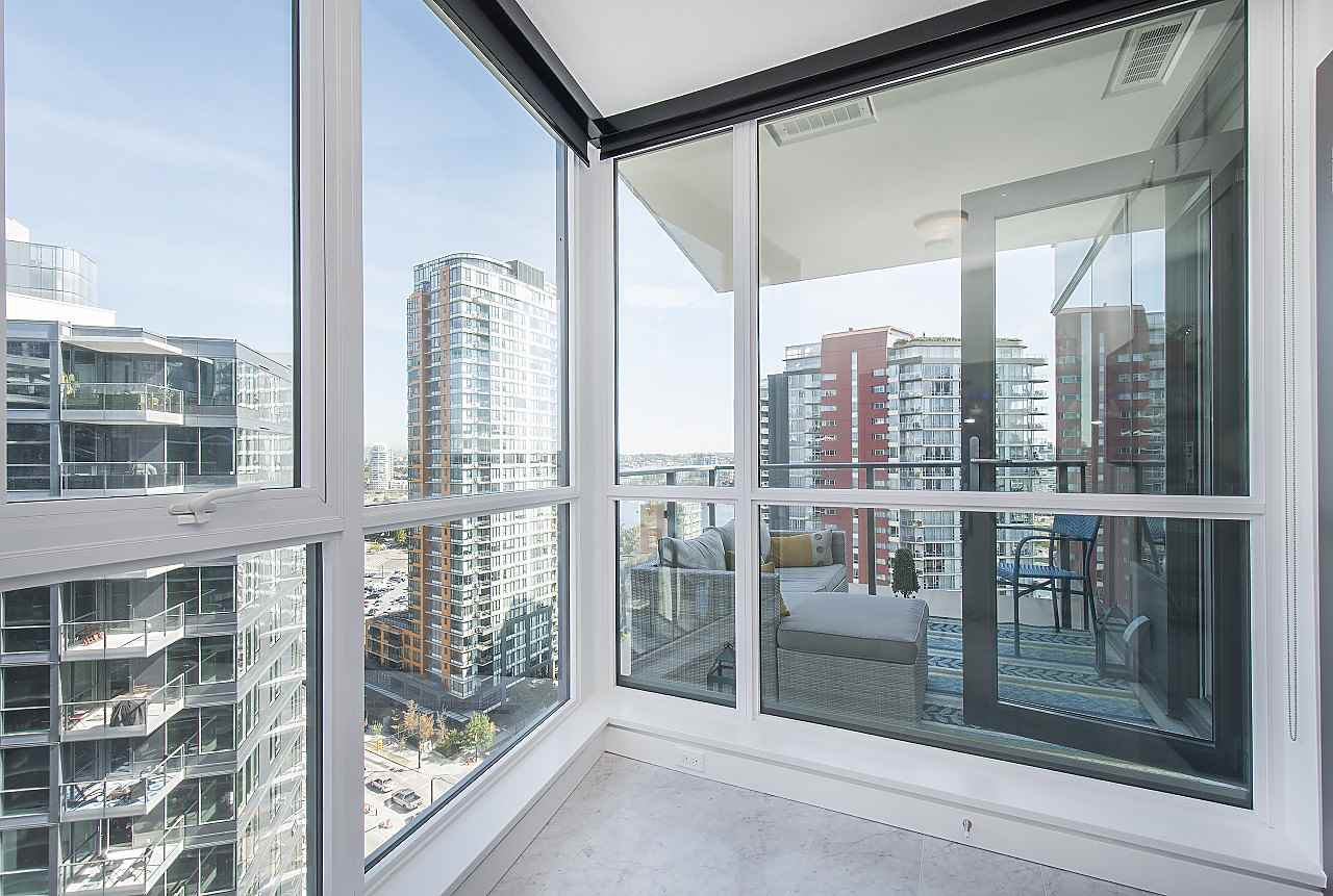 "Photo 19: Photos: 1908 68 SMITHE Street in Vancouver: Downtown VW Condo for sale in ""1 PACIFIC"" (Vancouver West)  : MLS®# R2244187"