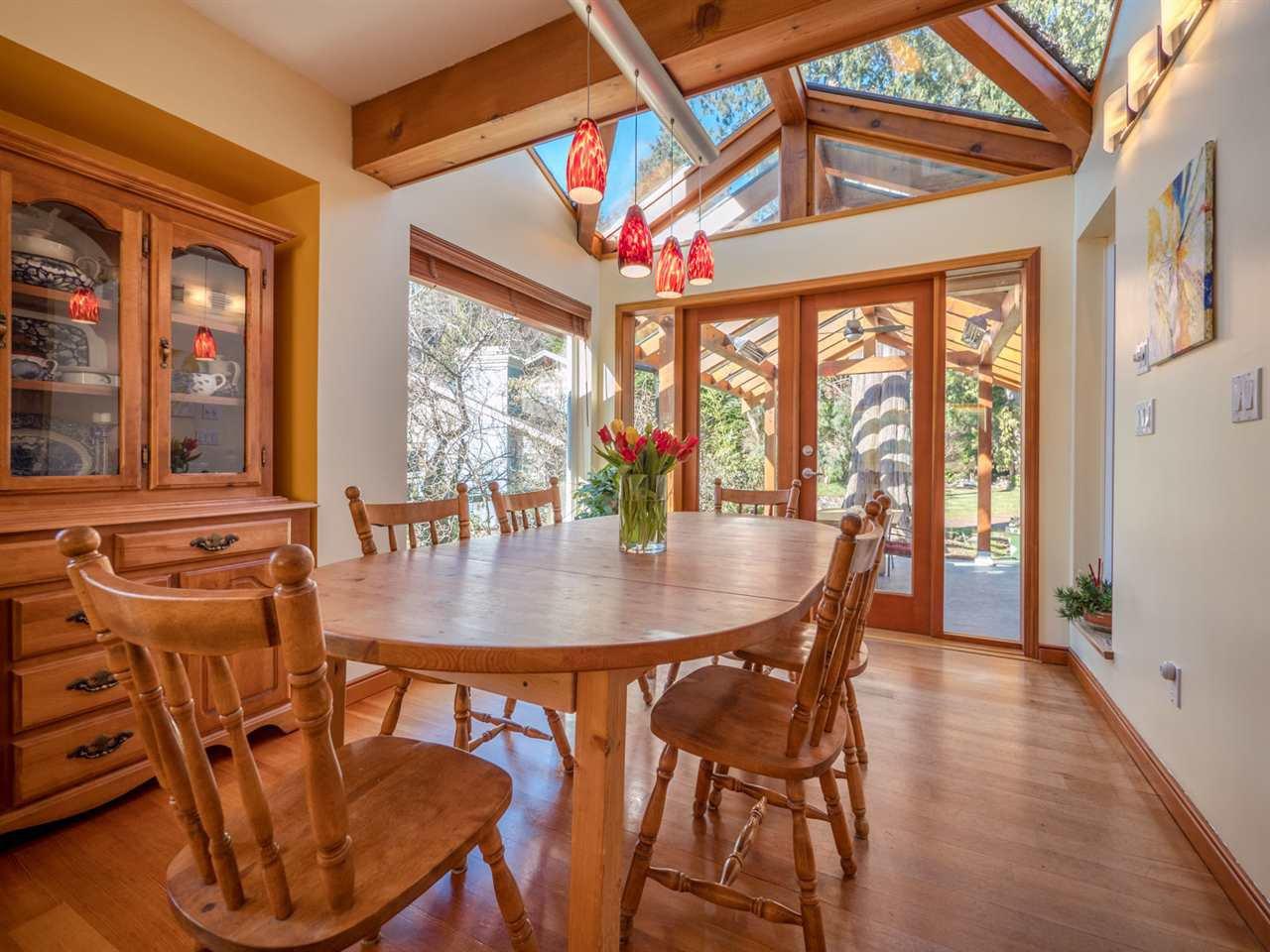Photo 6: Photos: 3592 BEACH Avenue: Roberts Creek House for sale (Sunshine Coast)  : MLS®# R2244747