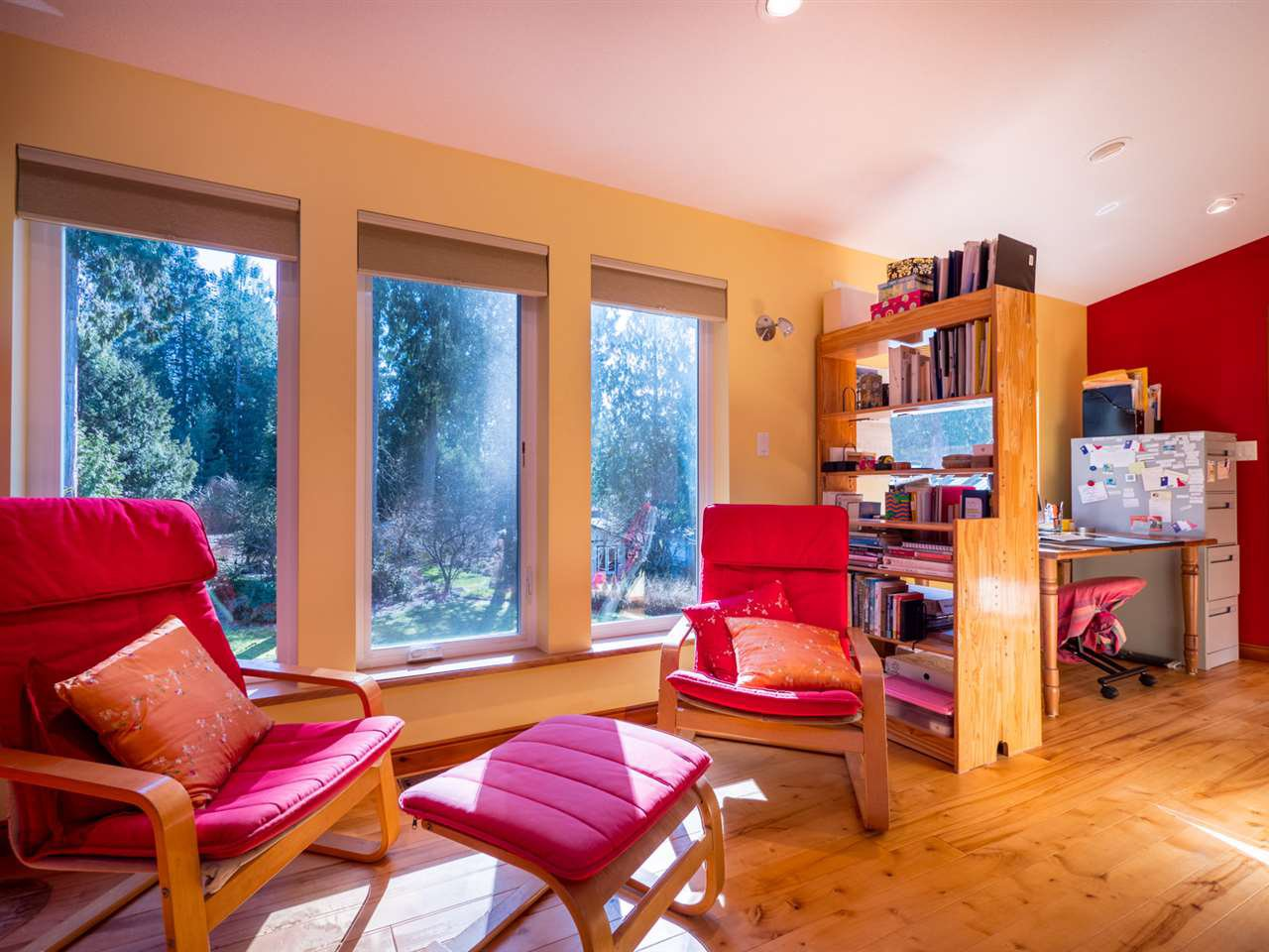 Photo 4: Photos: 3592 BEACH Avenue: Roberts Creek House for sale (Sunshine Coast)  : MLS®# R2244747