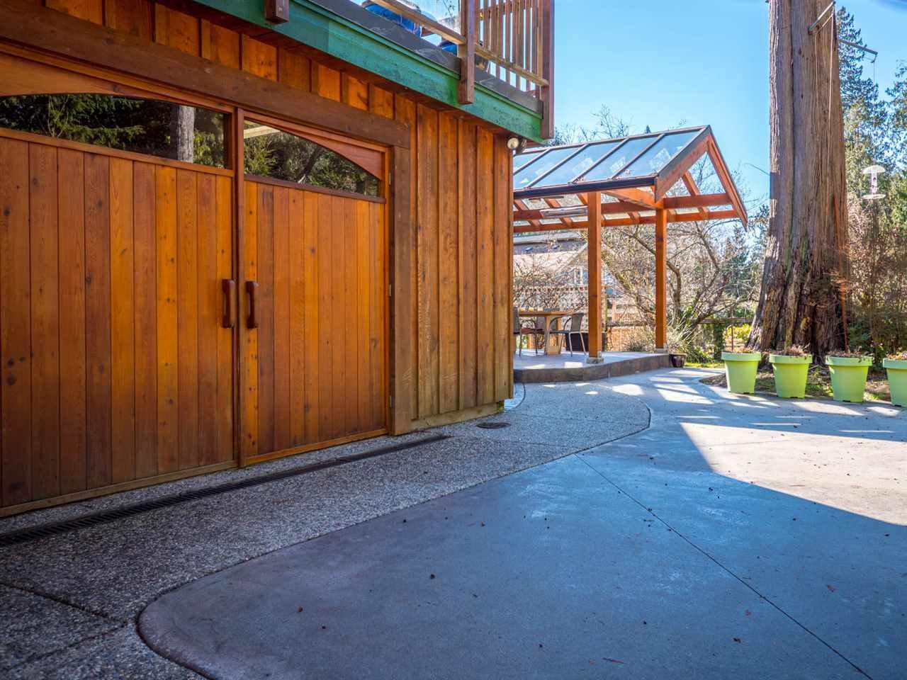 Photo 15: Photos: 3592 BEACH Avenue: Roberts Creek House for sale (Sunshine Coast)  : MLS®# R2244747
