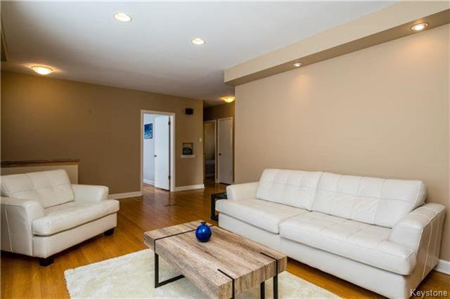 Photo 5: Photos: 884 Fisher Street in Winnipeg: Riverview Residential for sale (1A)  : MLS®# 1805068