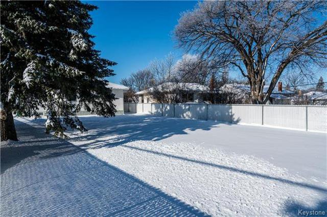 Photo 19: Photos: 884 Fisher Street in Winnipeg: Riverview Residential for sale (1A)  : MLS®# 1805068