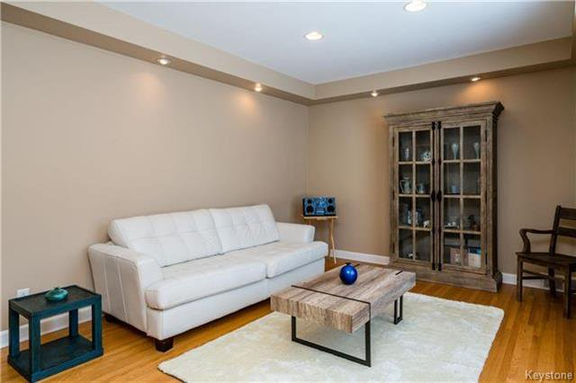 Photo 3: Photos: 884 Fisher Street in Winnipeg: Riverview Residential for sale (1A)  : MLS®# 1805068