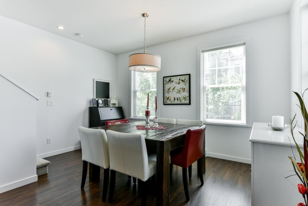 """Photo 8: Photos: 34 7348 192A Street in Surrey: Clayton Townhouse for sale in """"KNOLL"""" (Cloverdale)  : MLS®# R2271971"""