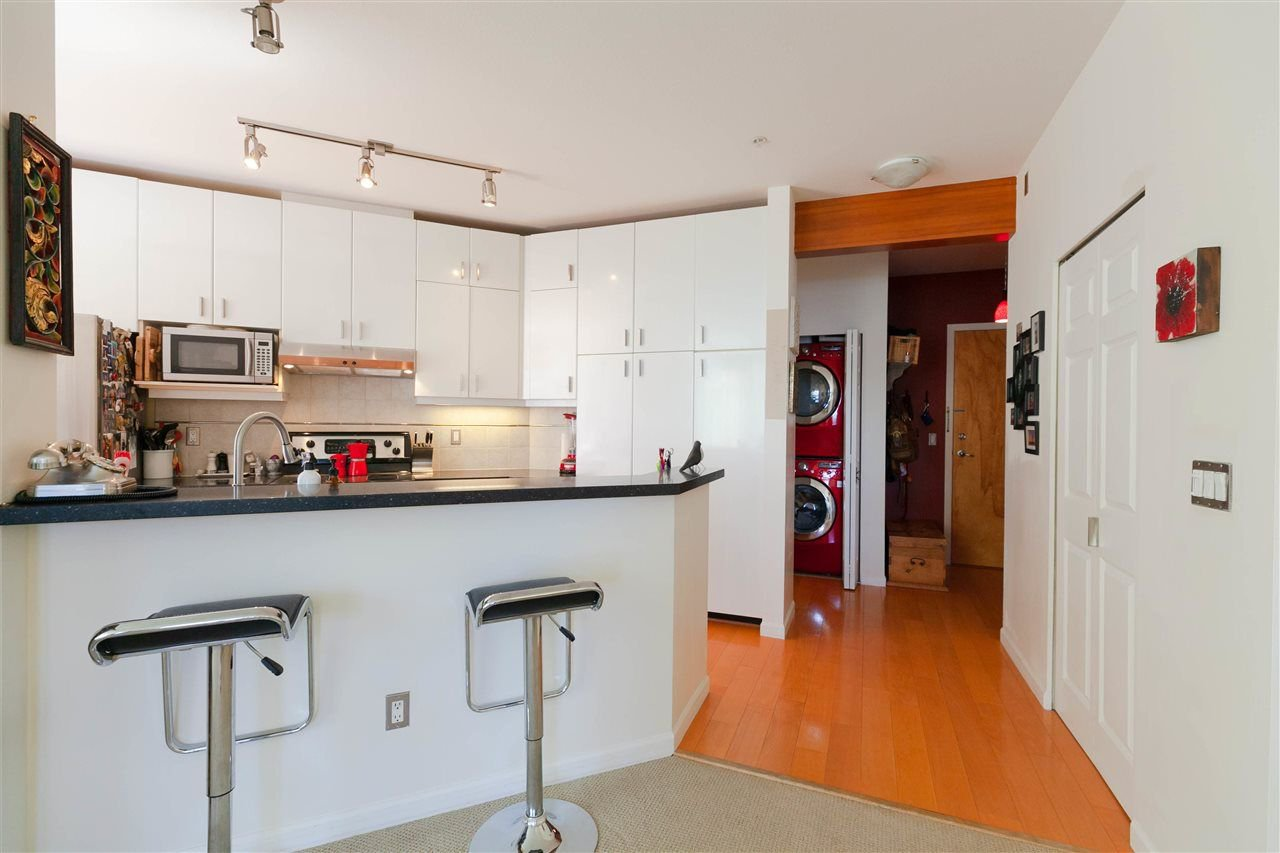 """Photo 4: Photos: 301 580 RAVENWOODS Drive in North Vancouver: Roche Point Condo for sale in """"Seasons"""" : MLS®# R2288594"""