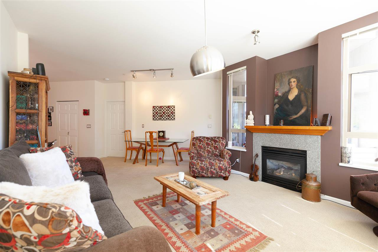 """Photo 8: Photos: 301 580 RAVENWOODS Drive in North Vancouver: Roche Point Condo for sale in """"Seasons"""" : MLS®# R2288594"""