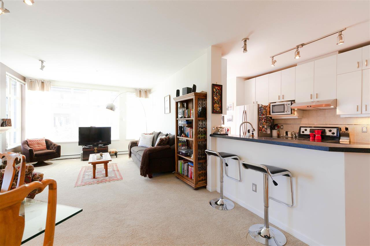 """Photo 5: Photos: 301 580 RAVENWOODS Drive in North Vancouver: Roche Point Condo for sale in """"Seasons"""" : MLS®# R2288594"""