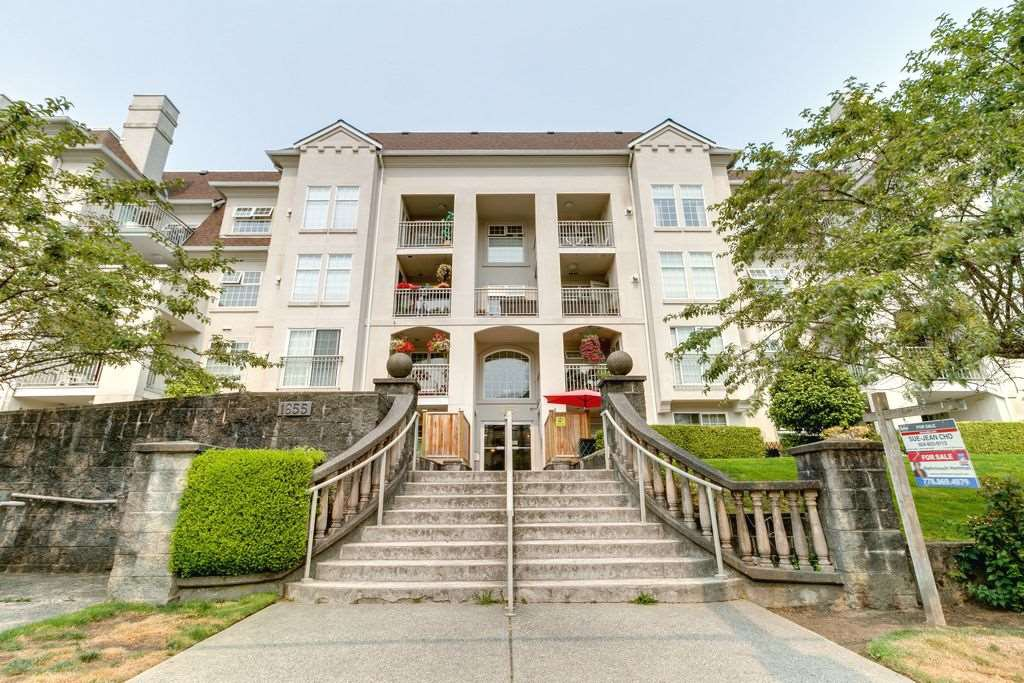 "Main Photo: 104 1655 GRANT Avenue in Port Coquitlam: Glenwood PQ Condo for sale in ""THE BENTON"" : MLS®# R2296374"