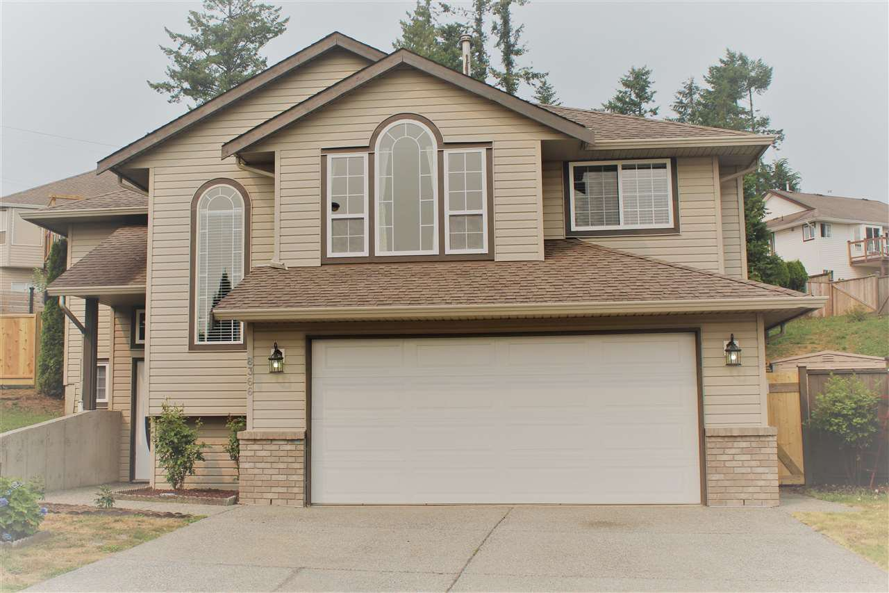 Main Photo: 8366 MELBURN Court in Mission: Mission BC House for sale : MLS®# R2297480