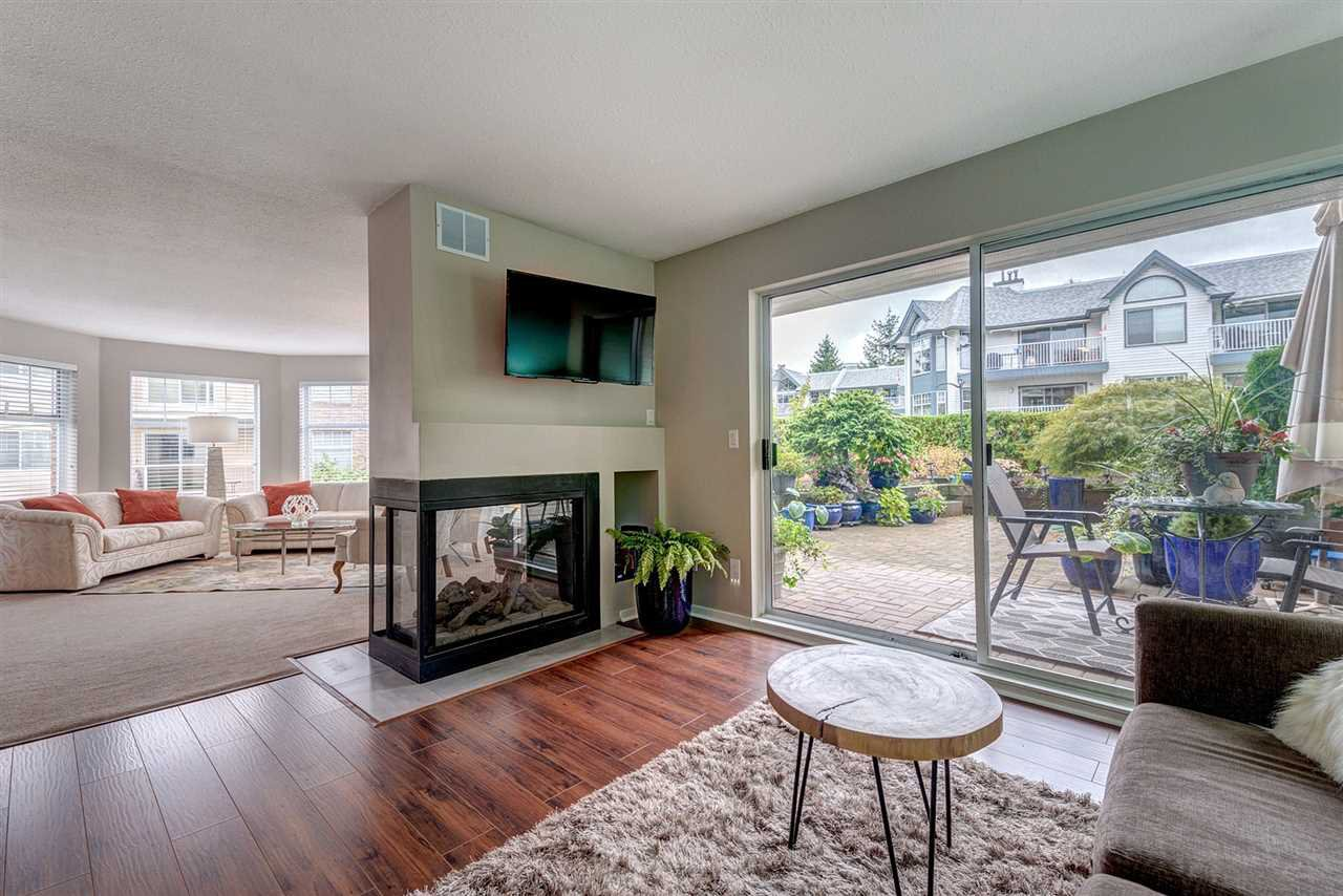 "Photo 3: Photos: 108 22611 116 Avenue in Maple Ridge: East Central Condo for sale in ""ROSEWOOD CT."" : MLS®# R2310147"