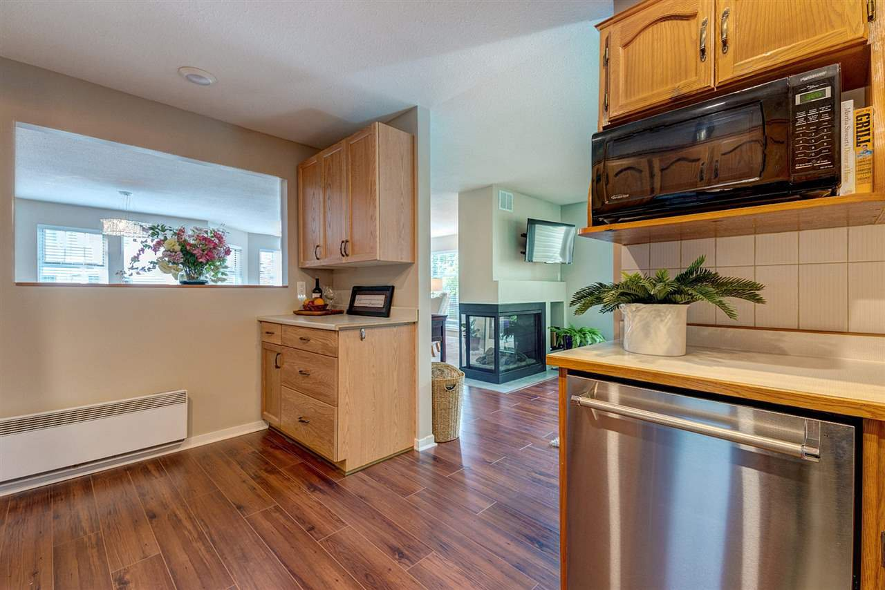 "Photo 14: Photos: 108 22611 116 Avenue in Maple Ridge: East Central Condo for sale in ""ROSEWOOD CT."" : MLS®# R2310147"