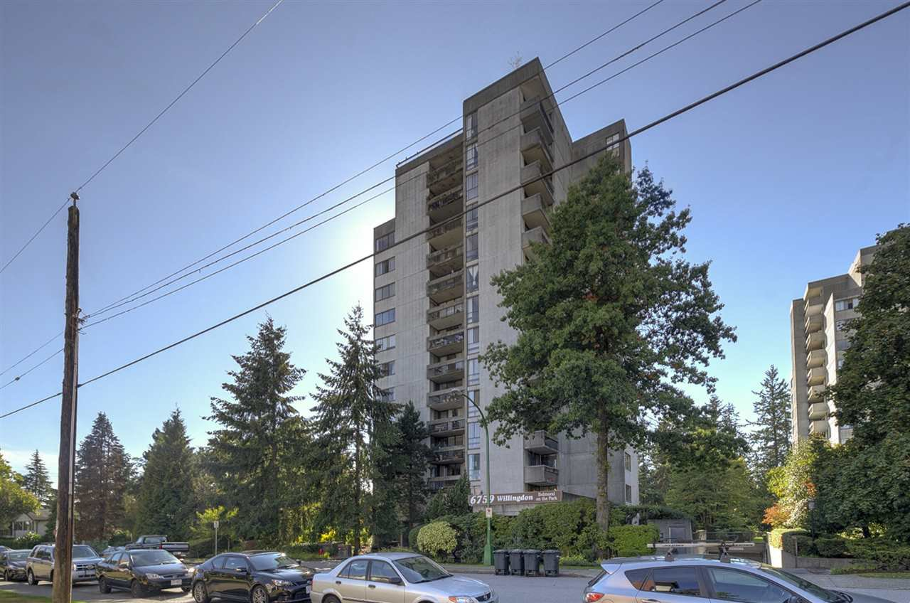 "Main Photo: 206 6759 WILLINGDON Avenue in Burnaby: Metrotown Condo for sale in ""BALMORAL ON THE PARK"" (Burnaby South)  : MLS®# R2331300"