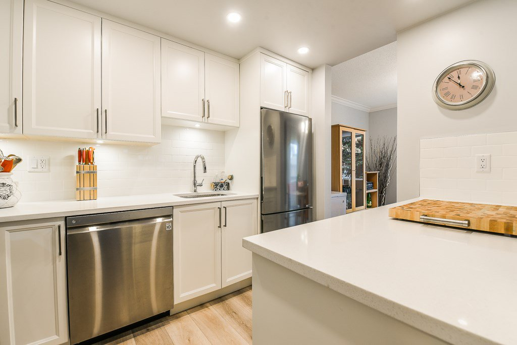 """Photo 11: Photos: 211 707 HAMILTON Street in New Westminster: Uptown NW Condo for sale in """"CASA DIANN"""" : MLS®# R2345218"""
