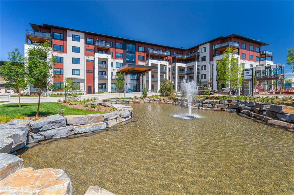 Main Photo: 410 12 Mahogany Path SE in Calgary: Condo for sale : MLS®# C4255348