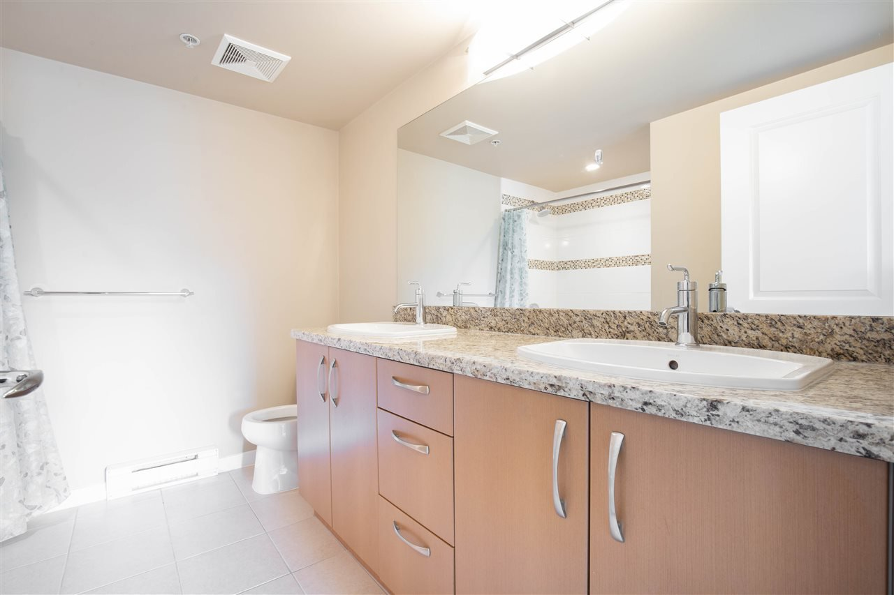 "Photo 11: Photos: 323 9288 ODLIN Road in Richmond: West Cambie Condo for sale in ""MERIDIAN GATE"" : MLS®# R2472996"