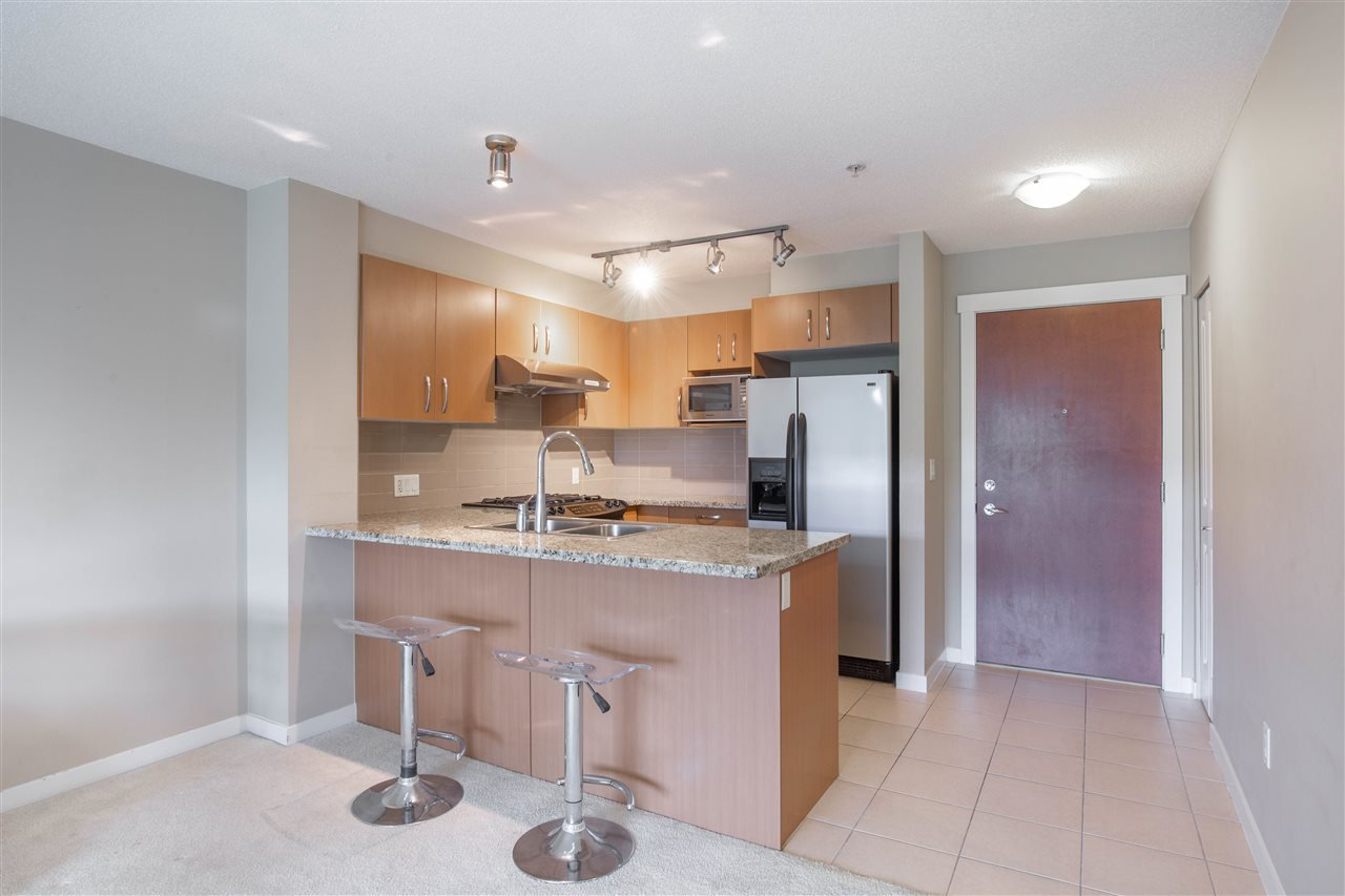 "Photo 2: Photos: 323 9288 ODLIN Road in Richmond: West Cambie Condo for sale in ""MERIDIAN GATE"" : MLS®# R2472996"