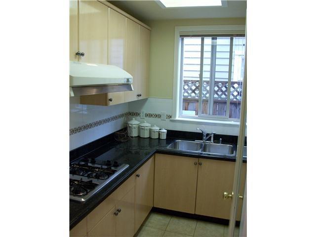 """Photo 4: Photos: 9275 PAULESHIN in Richmond: Lackner House for sale in """"LACKNER"""" : MLS®# V875252"""
