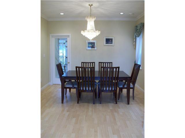 """Photo 3: Photos: 9275 PAULESHIN in Richmond: Lackner House for sale in """"LACKNER"""" : MLS®# V875252"""