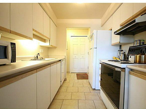 Photo 4: Photos: # 101 1176 W 6TH AV in Vancouver: Fairview VW Condo for sale (Vancouver West)  : MLS®# V1018339