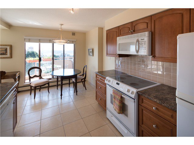 "Photo 10: Photos: 901 612 FIFTH Avenue in New Westminster: Uptown NW Condo for sale in ""UPTOWN"" : MLS®# V1056153"