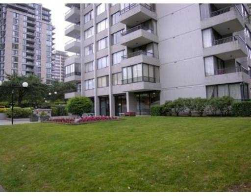 """Main Photo: 1205 740 HAMILTON ST in New Westminster: Uptown NW Condo for sale in """"STATESMAN"""" : MLS®# V602314"""
