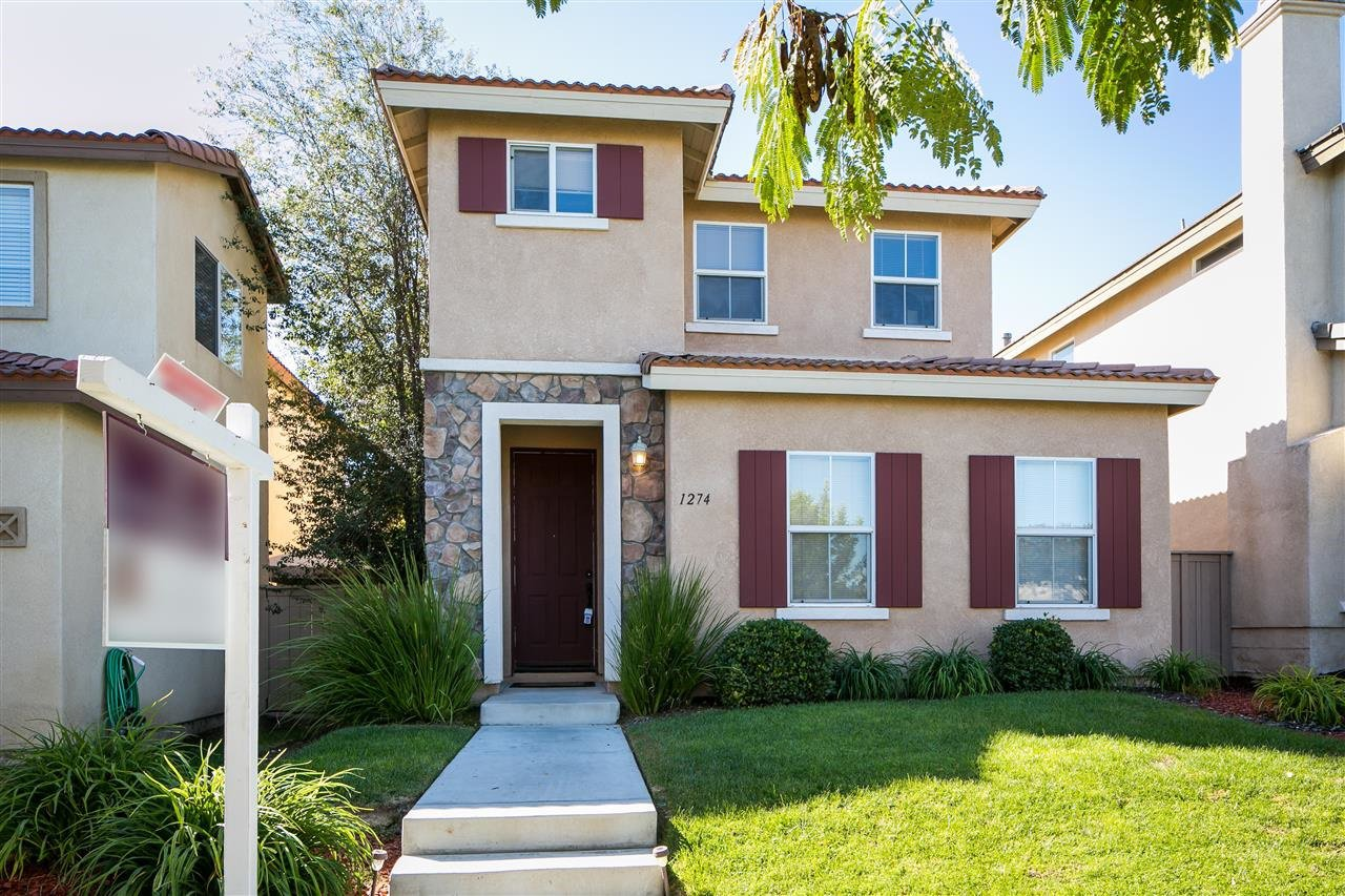 Main Photo: CHULA VISTA House for sale : 3 bedrooms : 1274 Jamestown Dr.
