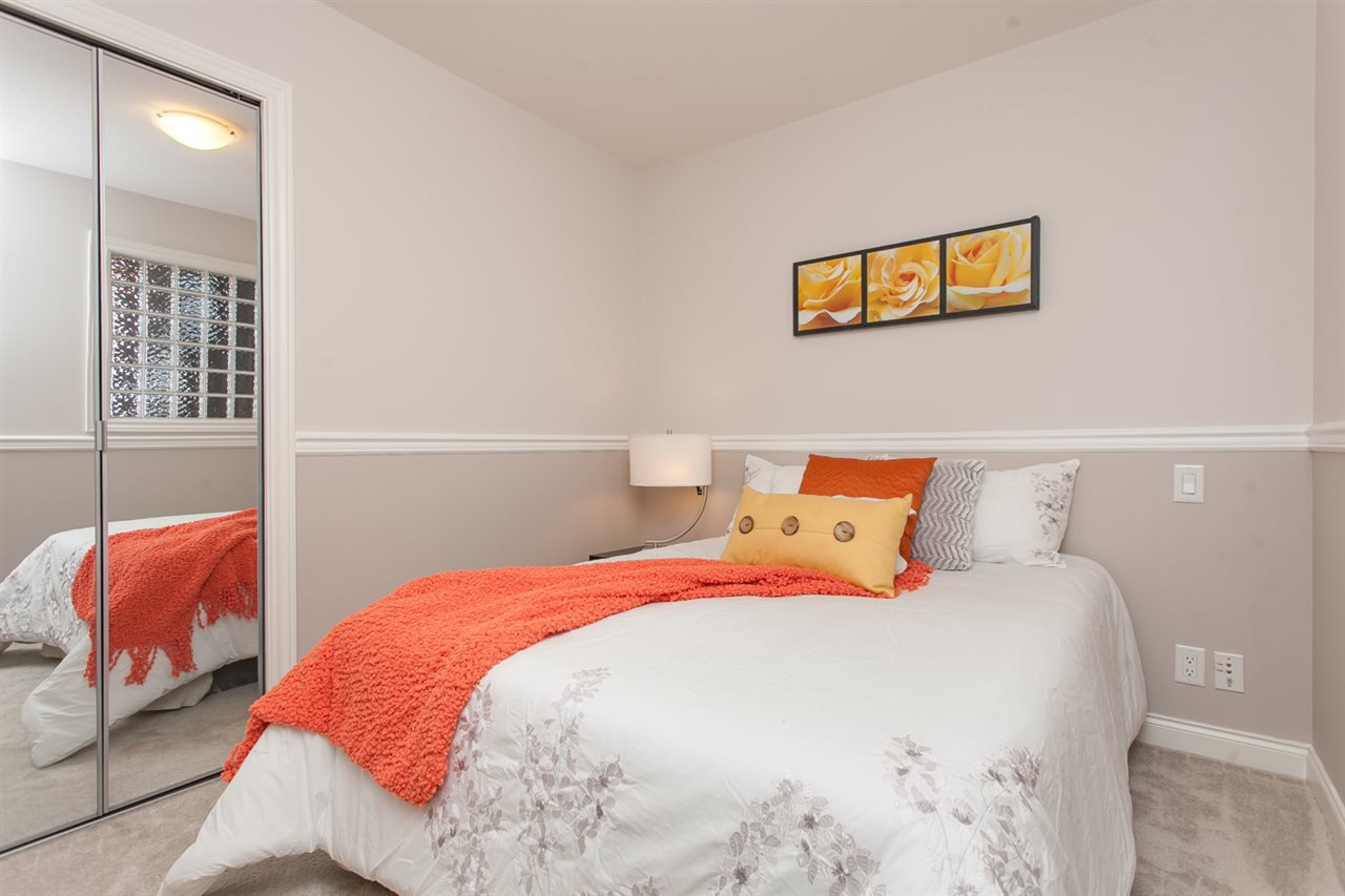 """Photo 10: Photos: 410 5650 201A Street in Langley: Langley City Condo for sale in """"Paddington Station"""" : MLS®# R2087664"""