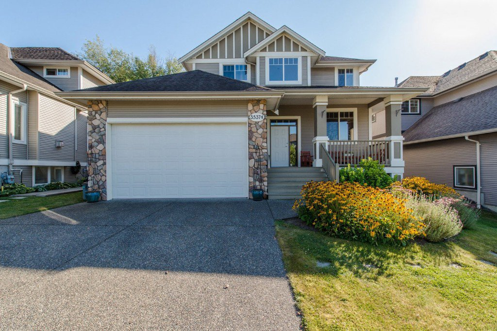Welcome to 35374 McKinley Drive, Abbotsford, BC in the popular Sandy Hill area near all levels of excellent schools, parks and trails!
