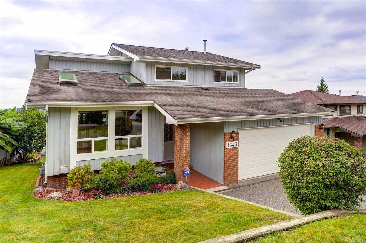 "Main Photo: 1343 LANSDOWNE Drive in Coquitlam: Upper Eagle Ridge House for sale in ""UPPER EAGLE RIDGE"" : MLS®# R2105287"