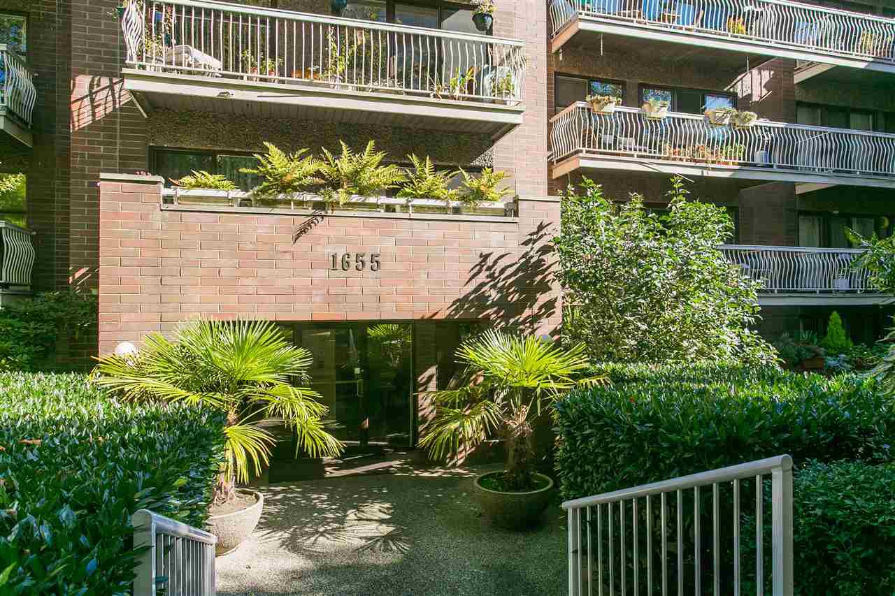 "Main Photo: 308 1655 NELSON Street in Vancouver: West End VW Condo for sale in ""Hempstead Manor"" (Vancouver West)  : MLS®# R2167428"
