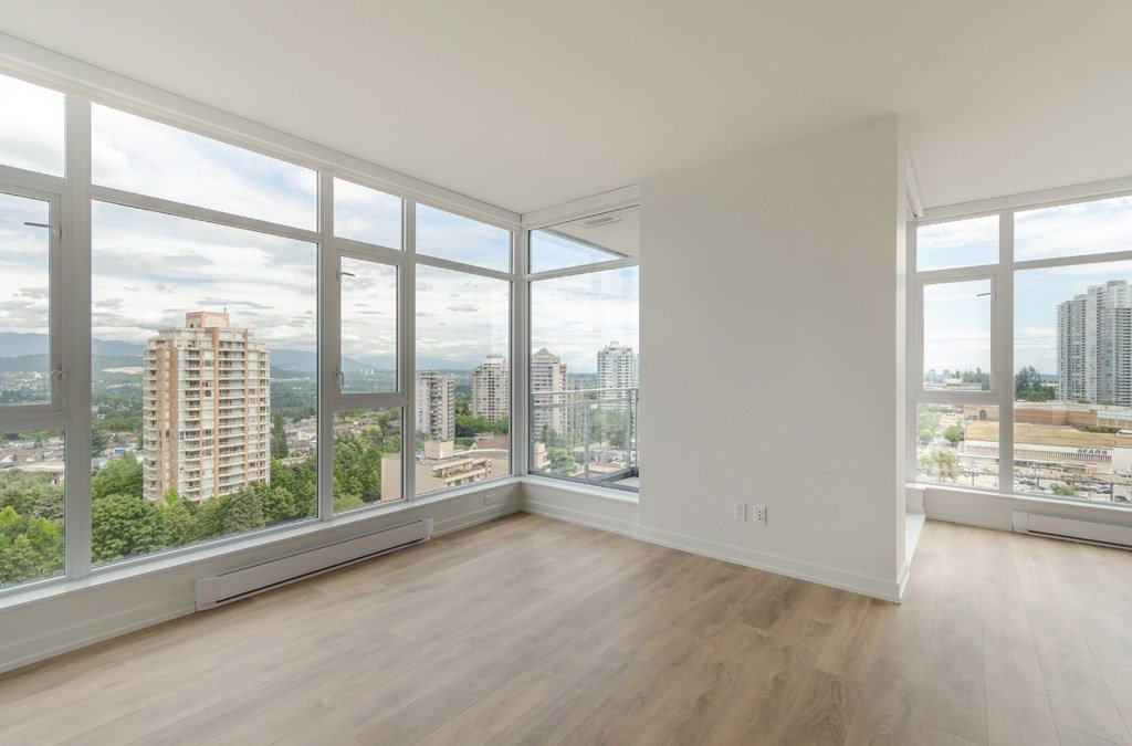 "Main Photo: 1607 4688 KINGSWAY in Burnaby: Metrotown Condo for sale in ""Station Square"" (Burnaby South)  : MLS®# R2187654"