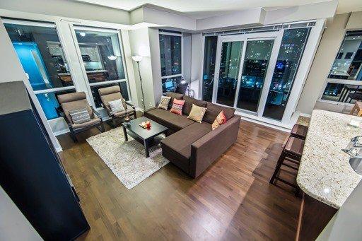 Main Photo: 1307 628 Fleet Street in Toronto: Niagara Condo for sale (Toronto C01)  : MLS®# C3884486