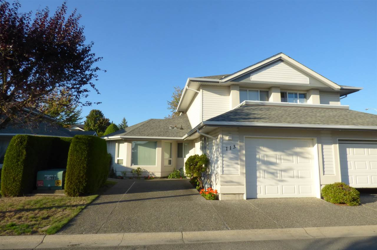 """Main Photo: 113 31406 UPPER MACLURE Road in Abbotsford: Abbotsford West Townhouse for sale in """"Estates of Elwood"""" : MLS®# R2210224"""