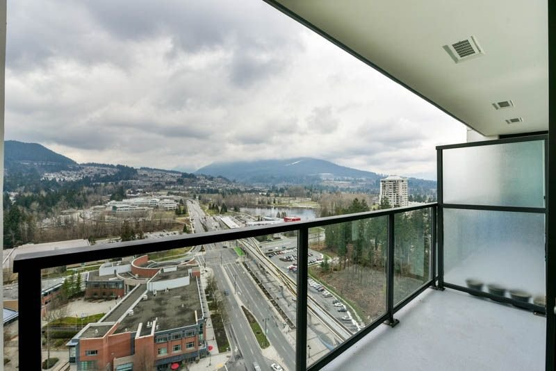 Photo 13: Photos: 2608 3007 GLEN Drive in Coquitlam: North Coquitlam Condo for sale : MLS®# R2246438