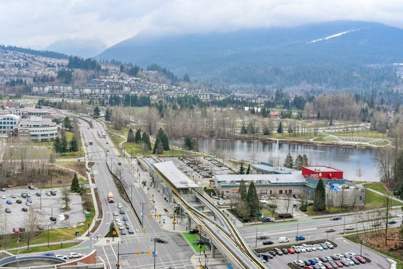 Photo 15: Photos: 2608 3007 GLEN Drive in Coquitlam: North Coquitlam Condo for sale : MLS®# R2246438