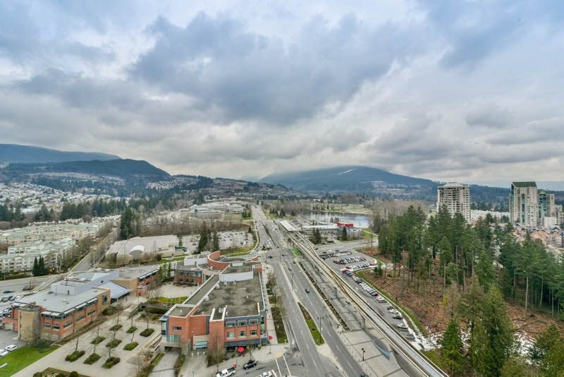 Photo 16: Photos: 2608 3007 GLEN Drive in Coquitlam: North Coquitlam Condo for sale : MLS®# R2246438