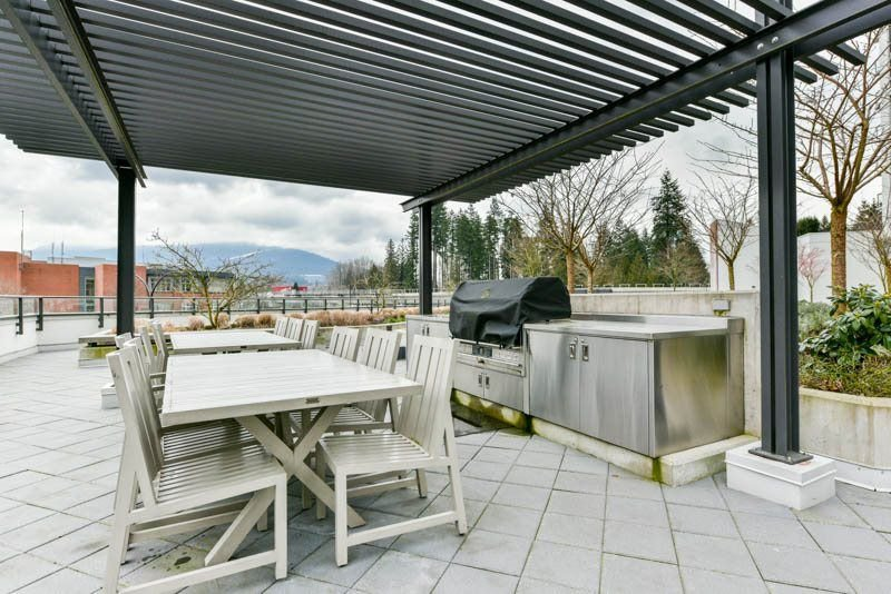 Photo 18: Photos: 2608 3007 GLEN Drive in Coquitlam: North Coquitlam Condo for sale : MLS®# R2246438