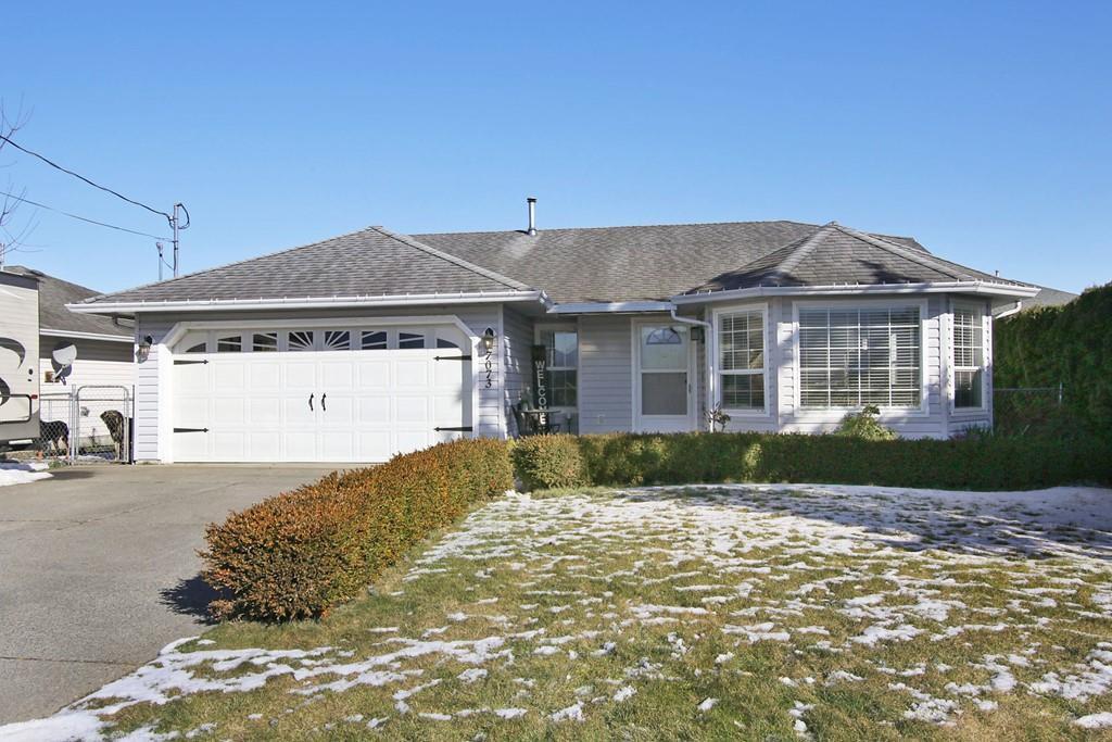 Main Photo: 7073 MCDONALD Road: Agassiz House for sale : MLS®# R2342916