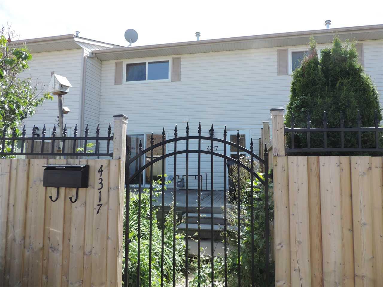 Main Photo: 4317 46 Street: Stony Plain Townhouse for sale : MLS®# E4176186