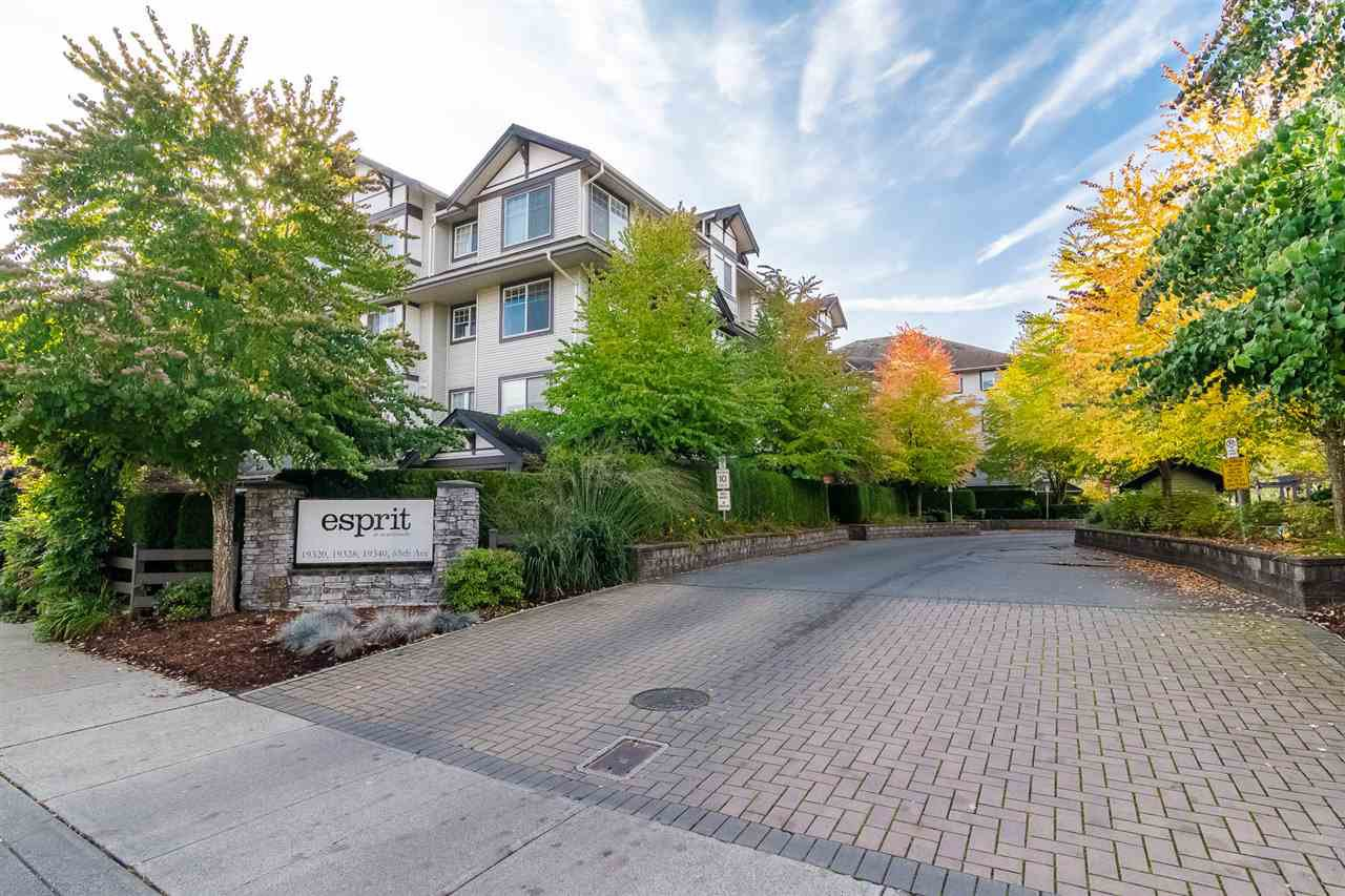 "Main Photo: 407 19340 65 Avenue in Surrey: Clayton Condo for sale in ""ESPIRIT AT SOUTHLANDS"" (Cloverdale)  : MLS®# R2414497"