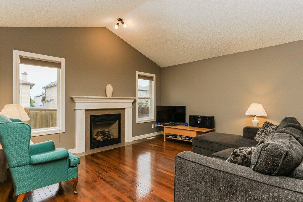 Main Photo: 4021 158 Avenue in Edmonton: Zone 03 House for sale : MLS®# E4187599