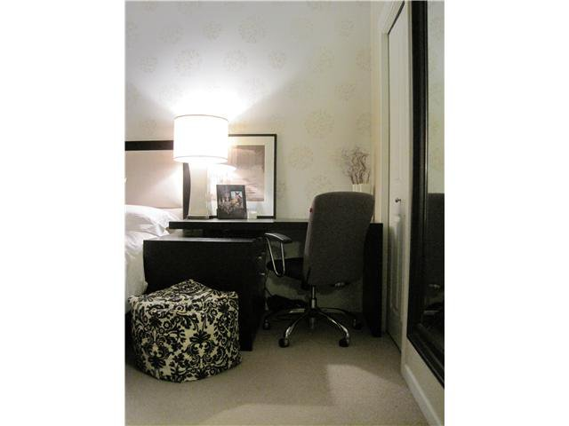 Photo 7: Photos: 202 3880 CHATHAM Street in Richmond: Steveston Villlage Condo for sale : MLS®# V869466