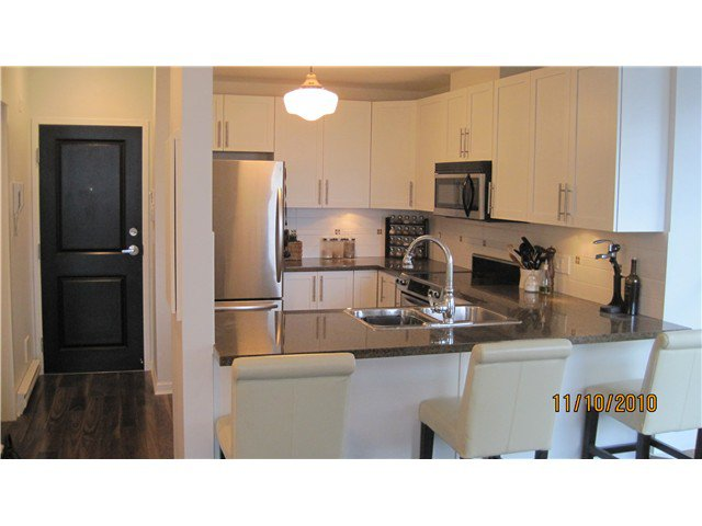 Photo 5: Photos: 202 3880 CHATHAM Street in Richmond: Steveston Villlage Condo for sale : MLS®# V869466