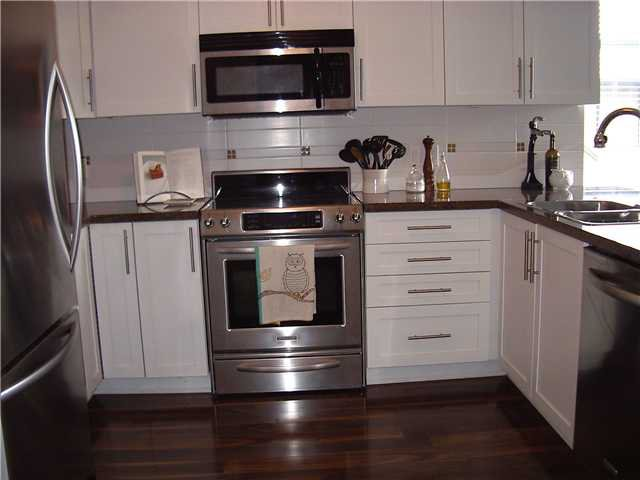 Photo 8: Photos: 202 3880 CHATHAM Street in Richmond: Steveston Villlage Condo for sale : MLS®# V869466