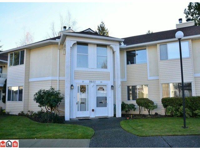 "Main Photo: 28 9922 148TH Street in Surrey: Guildford Townhouse for sale in ""HIGH POINT COURT"" (North Surrey)  : MLS®# F1128847"